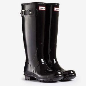 Hunter tall size 7 rain boots